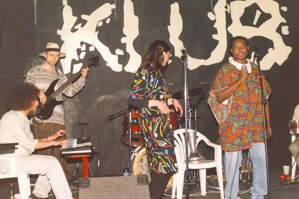 So Sabi, afrički i latino ritmovi
