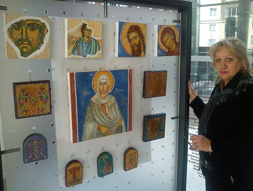 Branka Aćimović na izložbi u Londonu