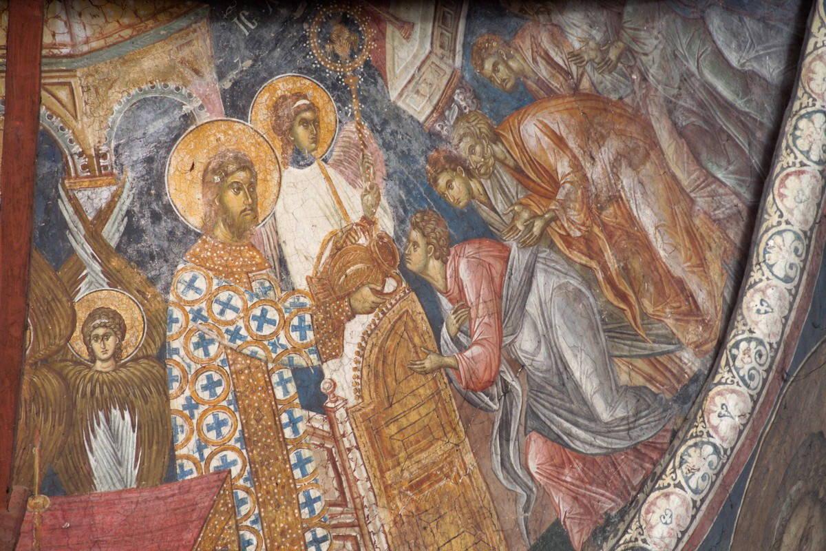 posudje na fresci pricesce apostola, Decani
