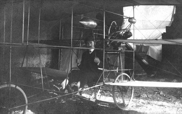 Edvard Rusijan u jednoj od svojih letelica