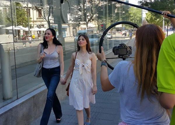 Ljuma Penov, Ana Todorović DIallo - Ljubani slučaj službenice