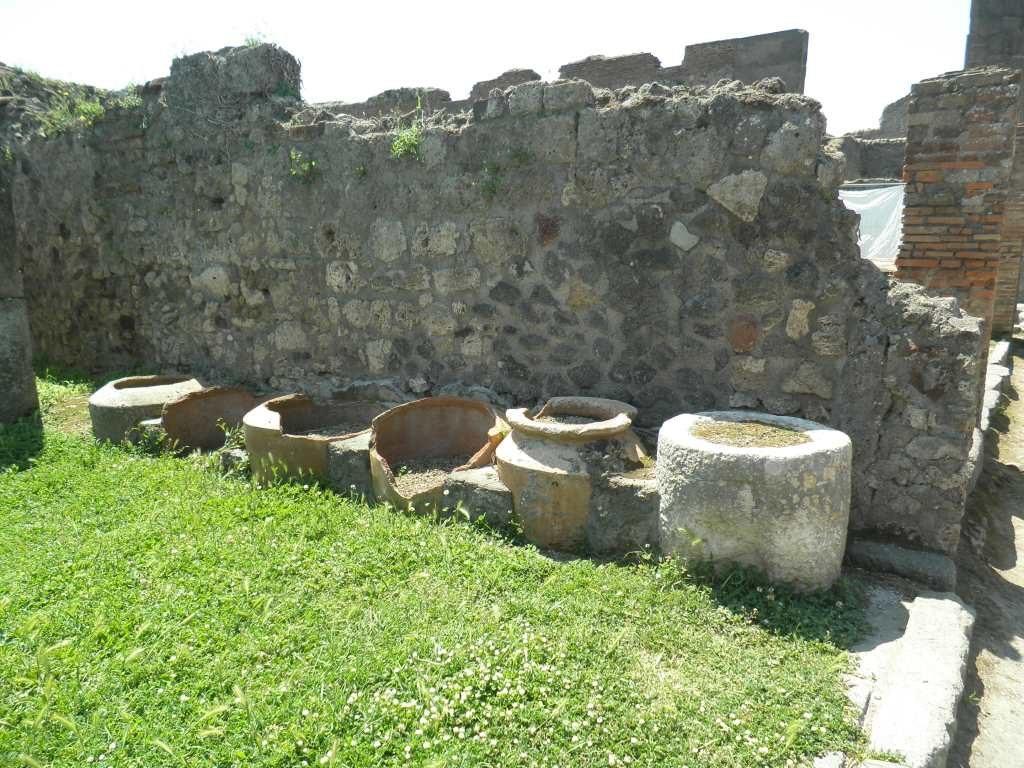 Ćupovi za brašno u Pompeji, foto P. Tišma