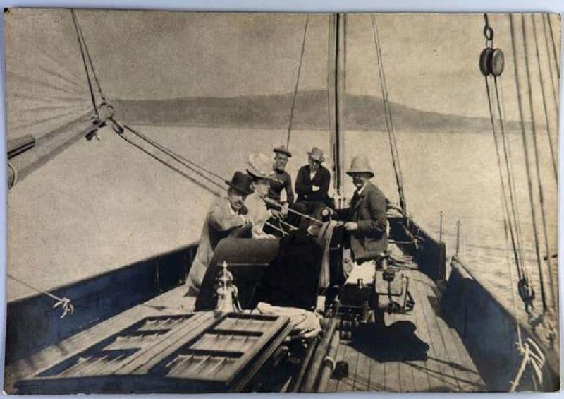 Gi de Mopasan na jahti Bel Ami, 1890, Portofino