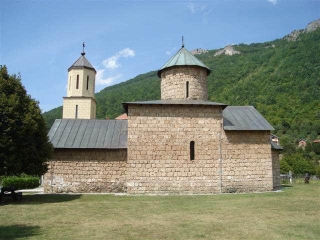 Manastir Rmanj, fotografija preuzeta sa http://svetidimitrije.no