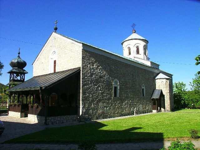 Manastir Papraća, foto Laura Barna