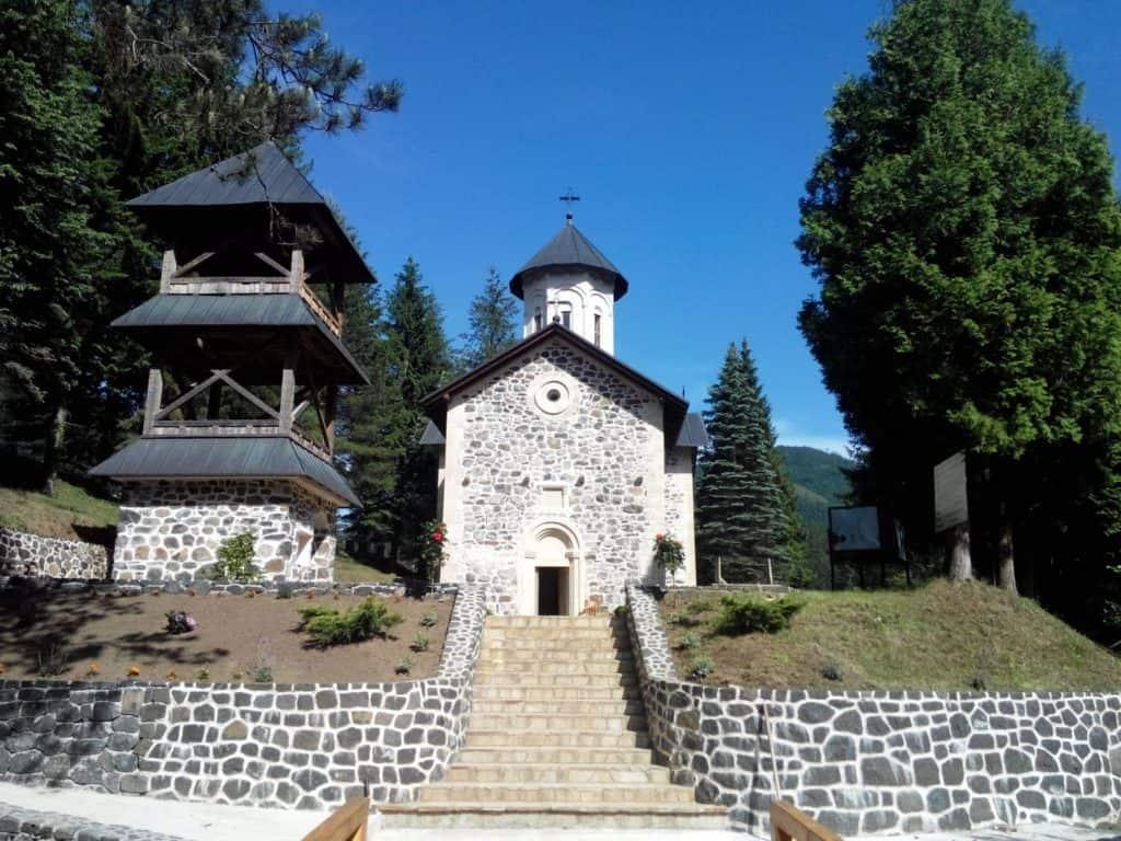 Manastir Vozuća, via Wikipedia