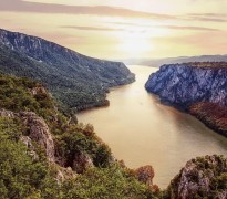 Veličanstveno je stajati na obali Dunava