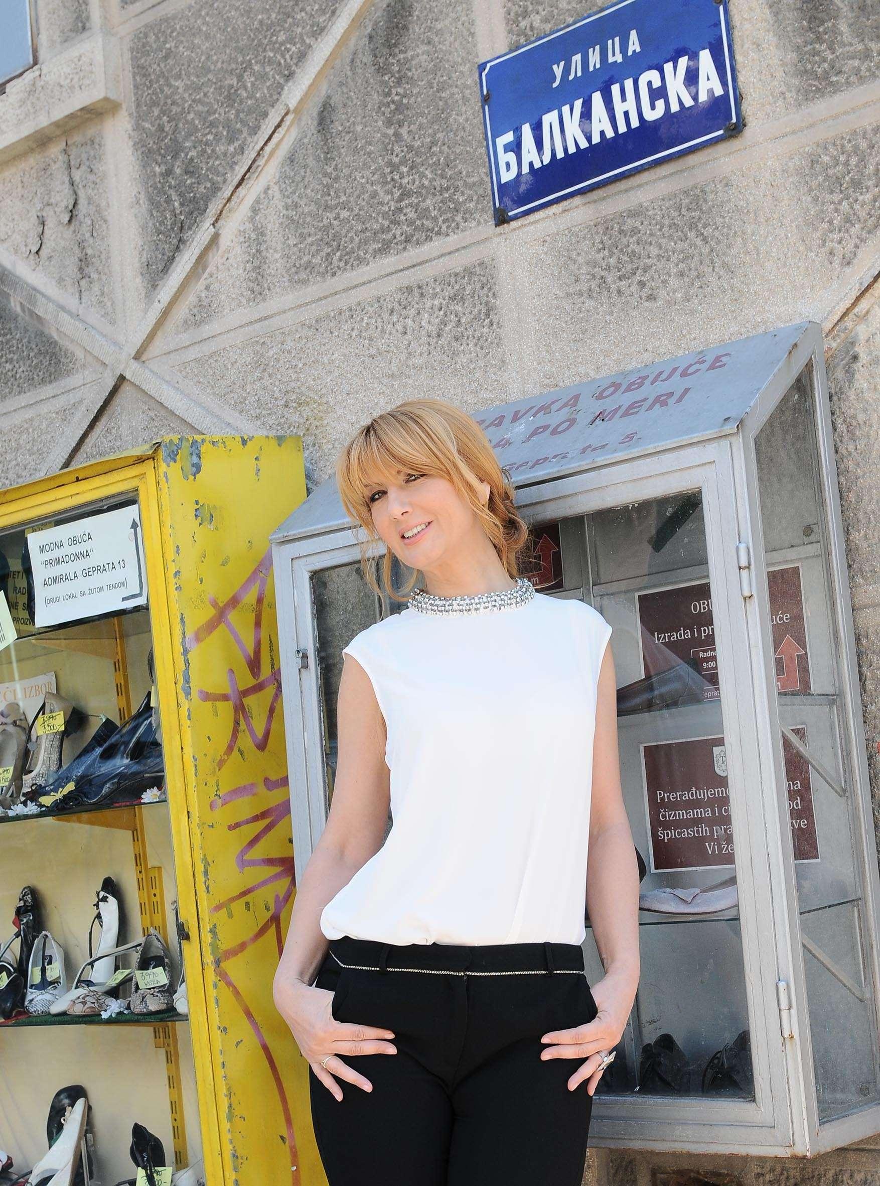 Vesna Dedic, Pola Duse