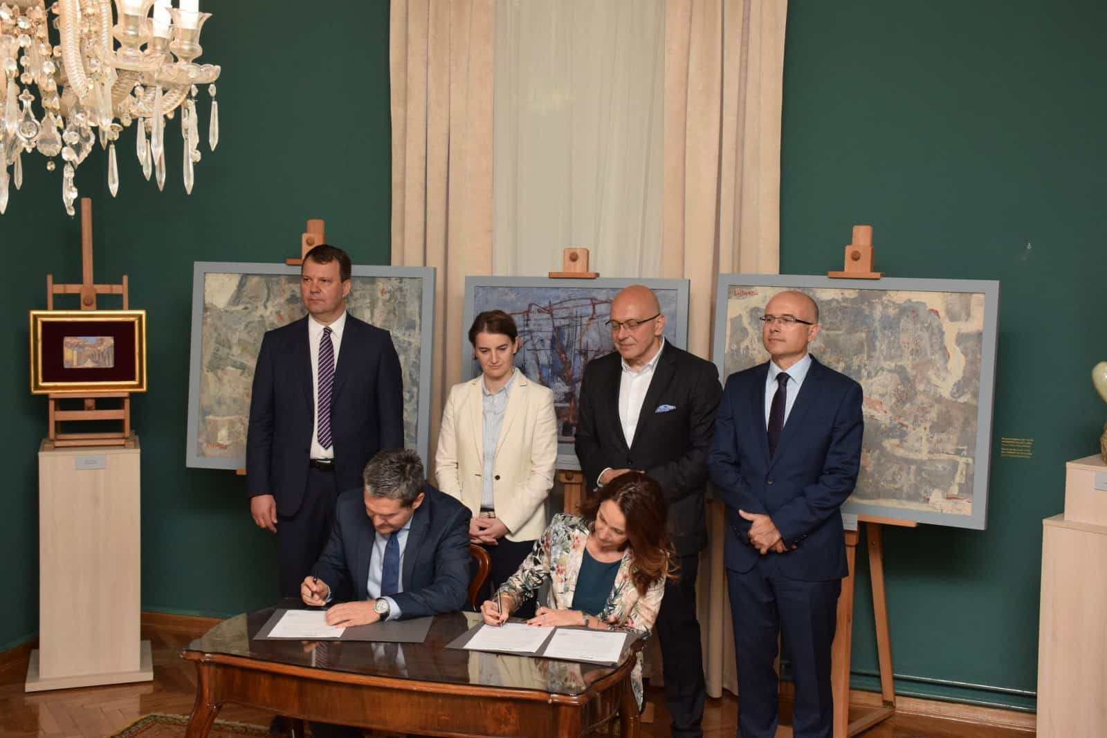 Potpisivanje Akta o donaciji između Galerije Matice srpske i Kompanije TARKETT, foto: GMS